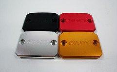 CNC Ducati Clutch Reservoir CAP Cap Monster 695 696 796 795 759 659 750 800 S2R 800 Multistrada 620 Supersport 800