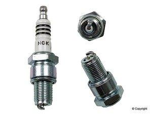 4 New NGK Iridium IX Spark Plugs BR8EIX  6747